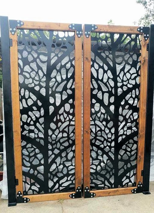 Metal gate with wood frame, leaves, 3' x 5'
